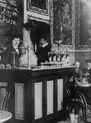 Barra del Café Novelty en 1905